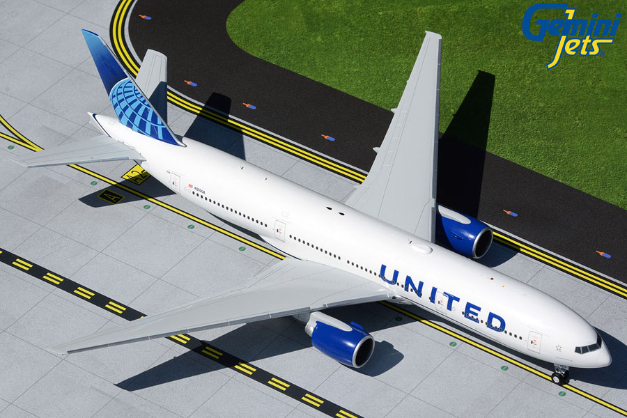 United Airlines B777-200 N210UA new livery (1:200)