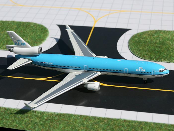 Airplane Model High Resolution Photo